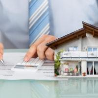 離婚時に行う不動産の財産分与。名義変更の方法やかかる費用を知っておこう