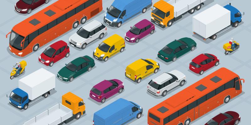 自動車保険料を月払いするメリットとデメリットとは?一括払い(年払い)との違いも合わせて紹介
