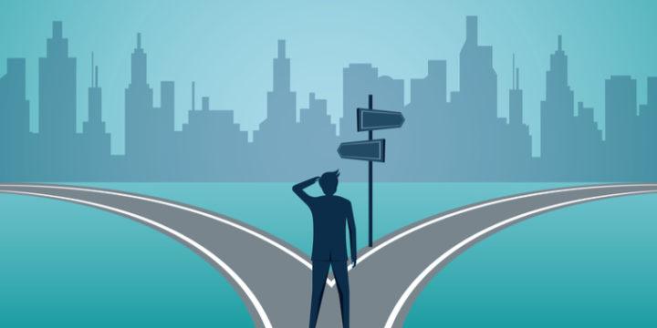 「年収が低い、待遇が悪い」なら転職すべきか?